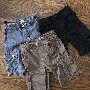Boys 5T lot of 3 cargo shorts.